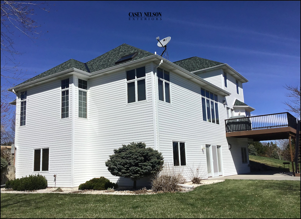 Lincoln and Omaha Vinyl Siding Contractor