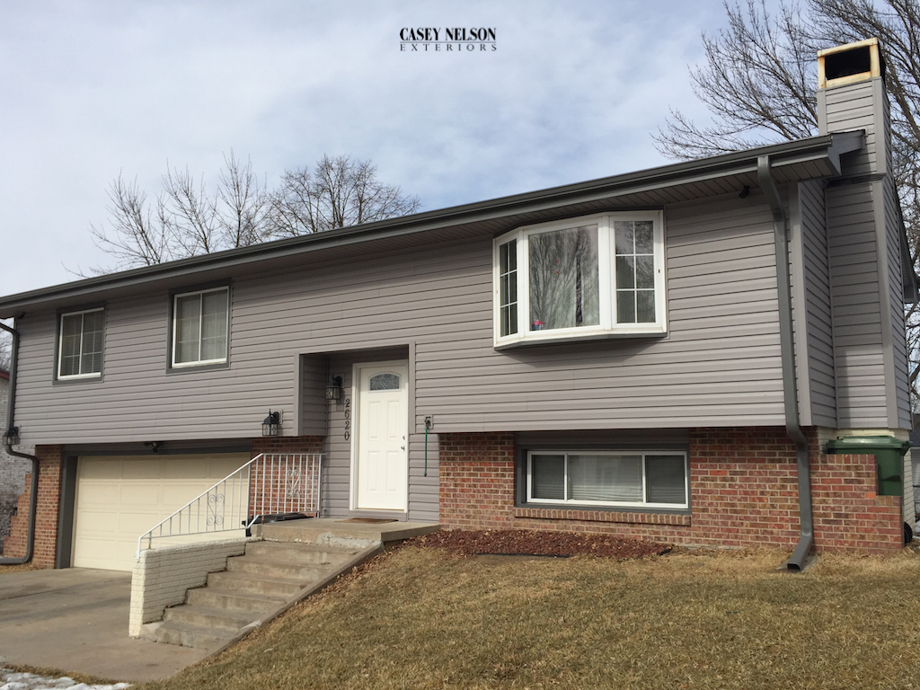 Mastic Ovations Vinyl Siding Harbor Grey